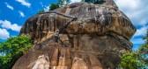 Sigiriya, buddhistické království vystavěné na vulkanickém kameni, je právem považováno za osmý div světa