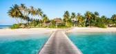 Maledivy - při vyslovení tohoto slova se většině lidí vybaví bělostné pláže, tyrkysové moře a vodní vily na kůlech