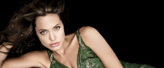Potvrzeno: Angelina Jolie je nejkrásnější