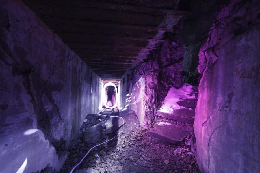 Část zborcené podzemní nacistické továrny