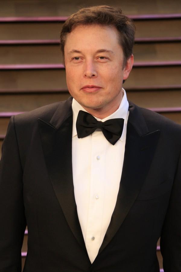 Vysmátý Elon Musk