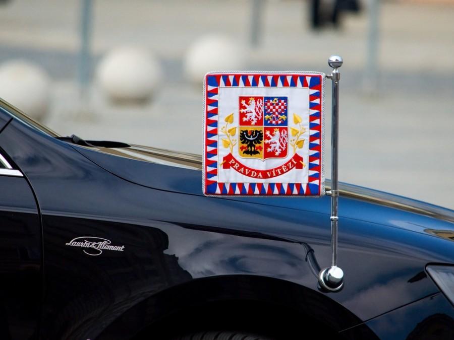 Koho asi Zemanova Škoda Superb bude vozit dál?