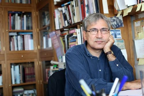Nositel Nobelovy ceny za literaturu - Orham Pamuk